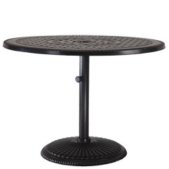 """Grand Terrace 42"""" Round Pedestal Table"""